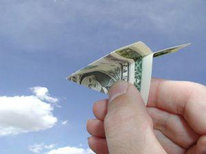 Как отправить деньги родственникам?