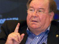 Медведев по просьбе Бондарчука и Михалкова уволил главу Госфильмофонда