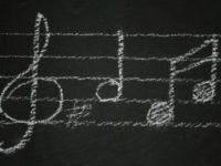 Прослушивание музыки увеличивает продолжительность тренировки
