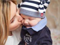 Воронежцы в декабре дважды получат пособия по уходу за ребёнком
